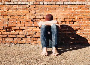 Vittima di bullismo si può essere in età infantile cosi come nell'adolescenza.